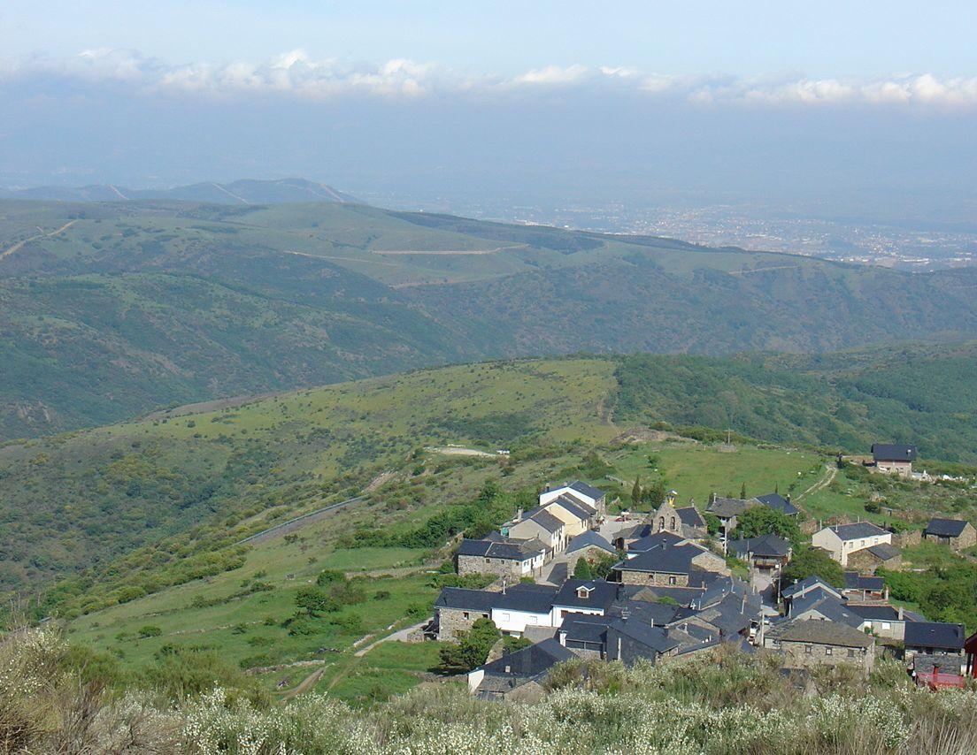 Santiago de compostela un diario di pellegrino for Camino sul ponte rialzato